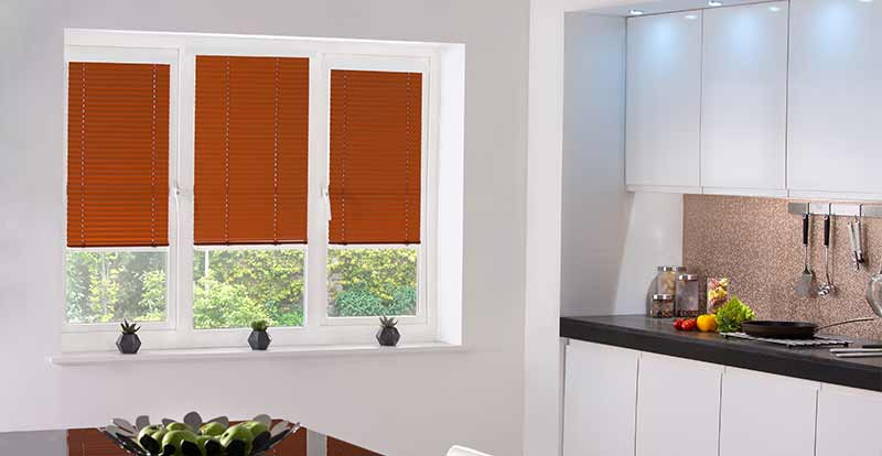 Neat Fit Venetian blinds in a kitchen