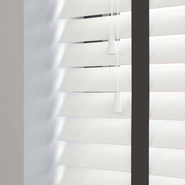 Wooden Blinds Deco Taped True White with Contrast Jet Tape