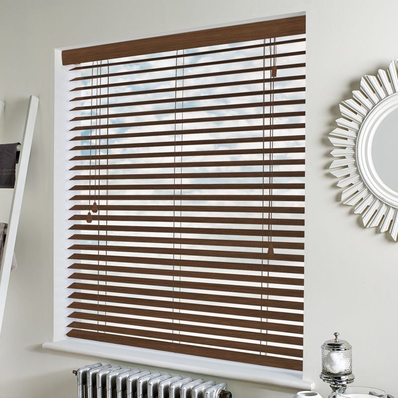 Privacy 50mm Old Teak swatch